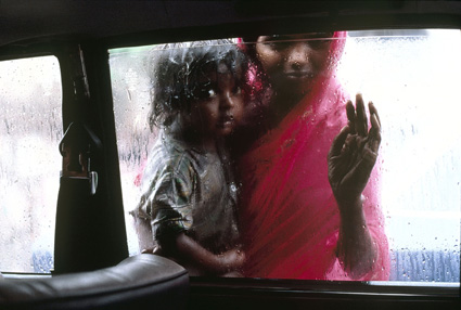 Steve McCurry: Kerjääjätyttö, Intia 1996. © Steve McCurry / Magnum PhotosSteve