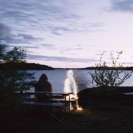 Karin Smeds (Turun AMK, kuvataiteen koulutusohjelma), Sarjasta Kaikki katoavat yhdeksi, Lambda- ja mustesuihkutulosteita